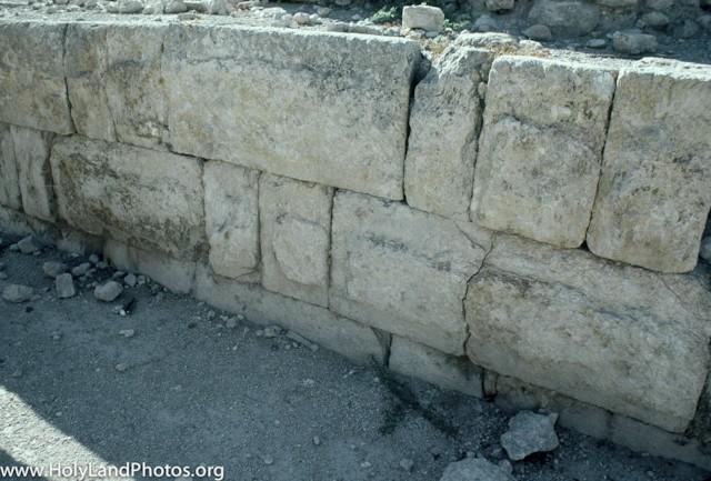 Israelite Wall Detail