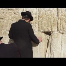 Orthodox Jew Praying (1)