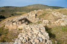 Cilty Wall 2