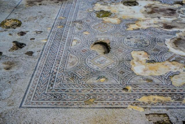 Building Mosaic 3
