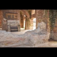 Thermopolium Interior