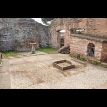 Thermopolium Courtyard
