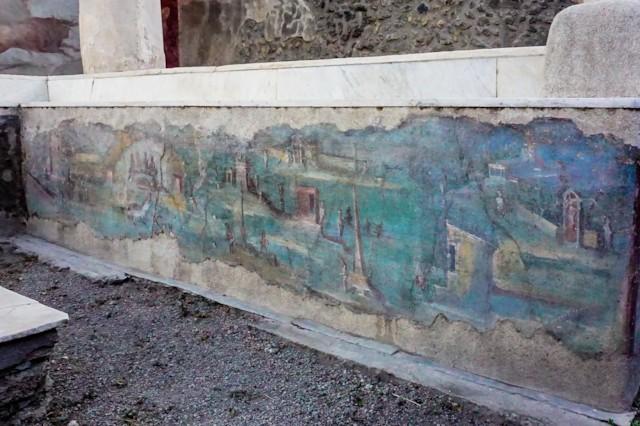 Triclinium Fresco West