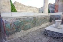 Triclinium Fresco East