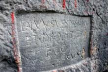 Divine Vespasian and Titus Inscription