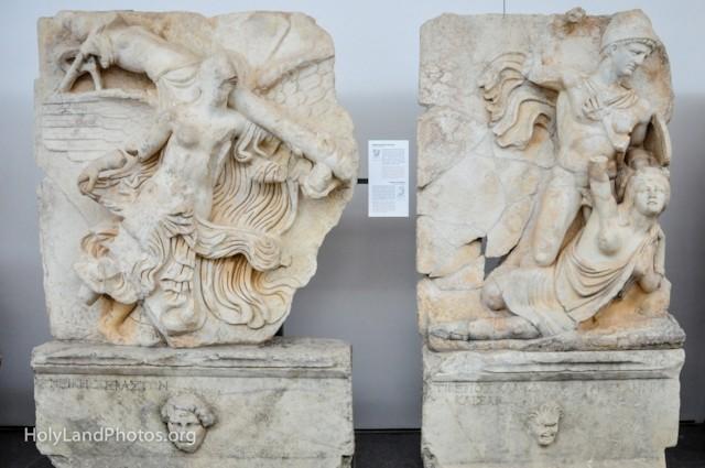 Victory of Emperors — Claudius and Britannia