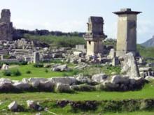 Tombs and Agora 2
