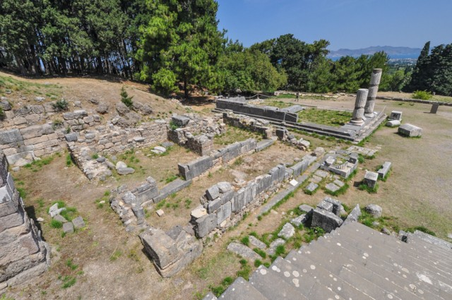 T II Ionic Temple