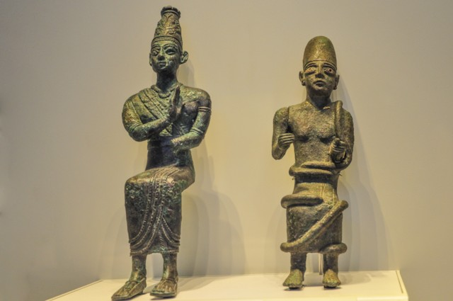 Statues of Deity and King