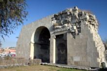 Cleopatra's Gate 1
