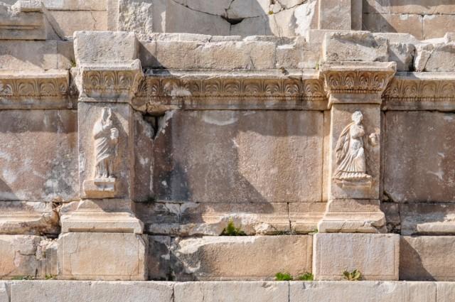 Female Figures 2