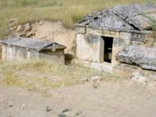 Tomb Complex (2)